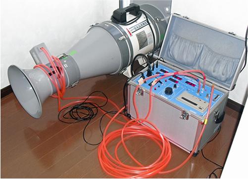 気密測定の写真
